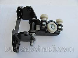 Ролик боковой двери (средний) на MB Sprinter 906, VW Crafter 2006→ — Autotechteile — 100 7651