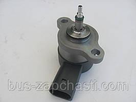 Клапан топливной рейки (c сеткой) на MB Sprinter 2.2/2.7 CDI, Vito 638 CDI — Bosch — 0 281 002 698