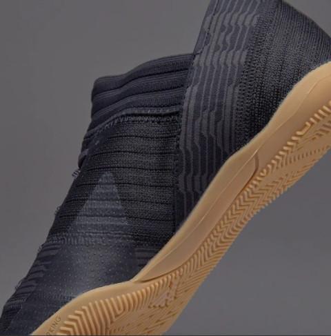 detskie-futzalki-adidas-original-00e000q02