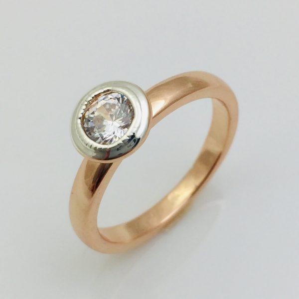 Кольцо круглое, размер 17, 19 позолота+ родий