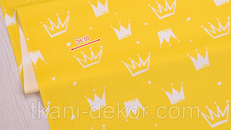 Сатин (бавовняна тканина) на жовтому корони нові