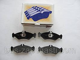 Задние колодки (маленькие с молоточками) MB Sprinter 208-216, VW LT 28 1996-2006 — Autotechteile — 100 4256