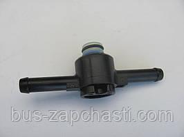 Клапан (переходник) топливного фильтра на VW LT 2.5 TDI, 2.8 TDI 1996-2006 — Bosch — 1457414021