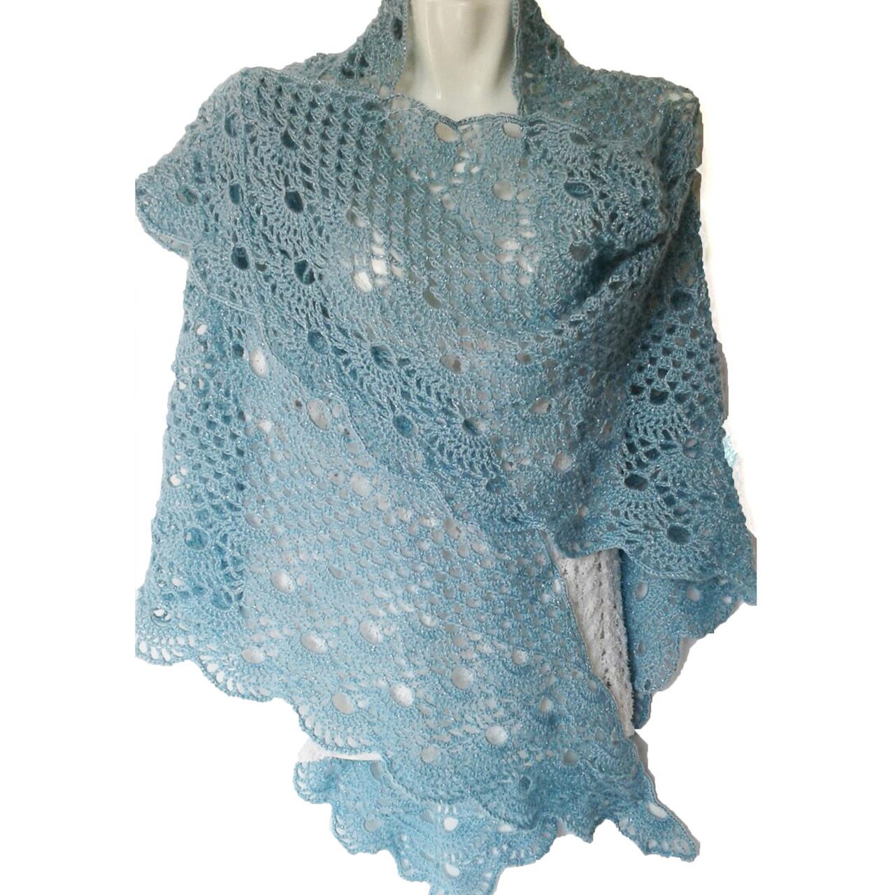 10720368dff1 Женская шаль ажурная вязанная крючком ручной работы Подарок маме на 8 марта
