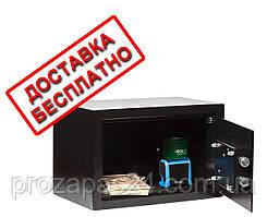 Сейф мебельный черный СМК-2010 для дома офиса ВхШхГ 20х31х20см