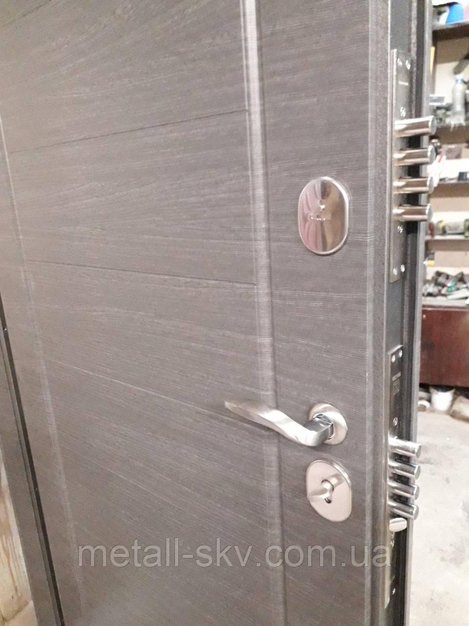 Дверь входная усиленная