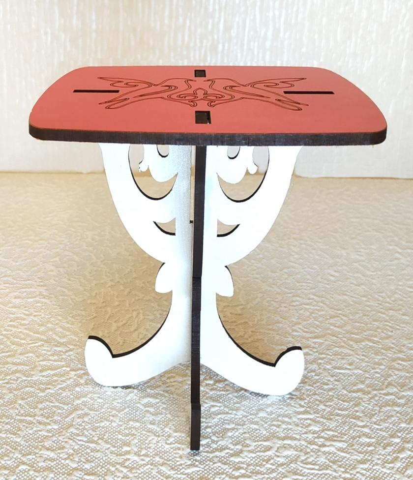 Игрушка Стол квадратный мини  для кукол Барби, Братц, Монстер Хай