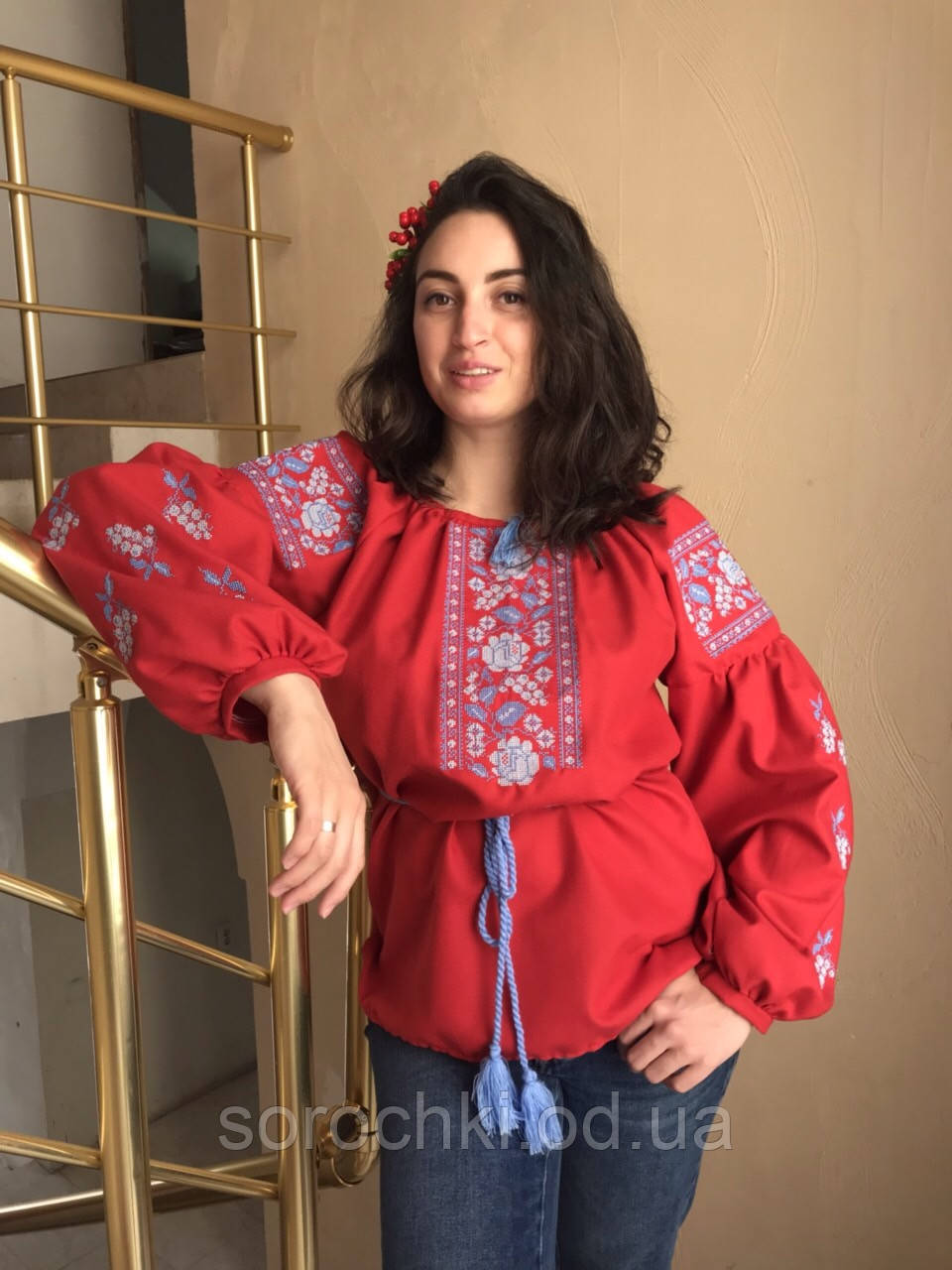 """Вишиванка жіноча , червона,з вишивкою, квіти , """"маки з виноградом"""" домотканная тканина , рукав """"бохо"""""""