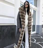 Пальто с натуральным мехом соболя