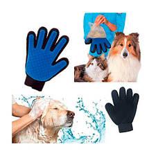Рукавичка для вичісування шерсті тварин True Touch на праву руку, фото 2