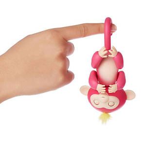 Интерактивная обезьянка Fingerlings Happy Monkey Розовая, фото 2