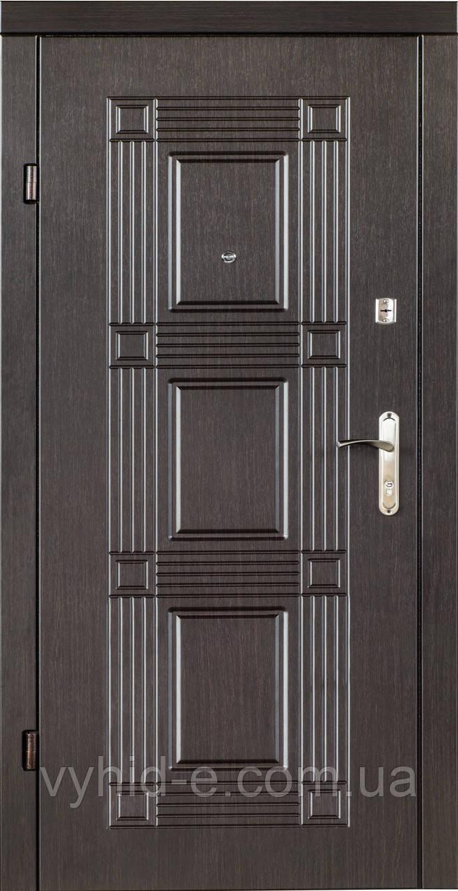 Двери входные QDoors. Квадро венге темный
