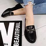 Стильные кожаные и замшевые женские туфли лоферы с декором, фото 5