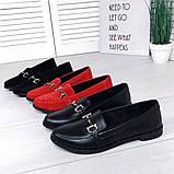 Стильные кожаные и замшевые женские туфли лоферы с декором, фото 2