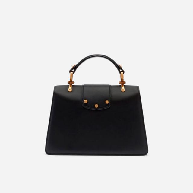 Женская сумочка из телячьей кожи DG AMORE | черная. Вид сзади