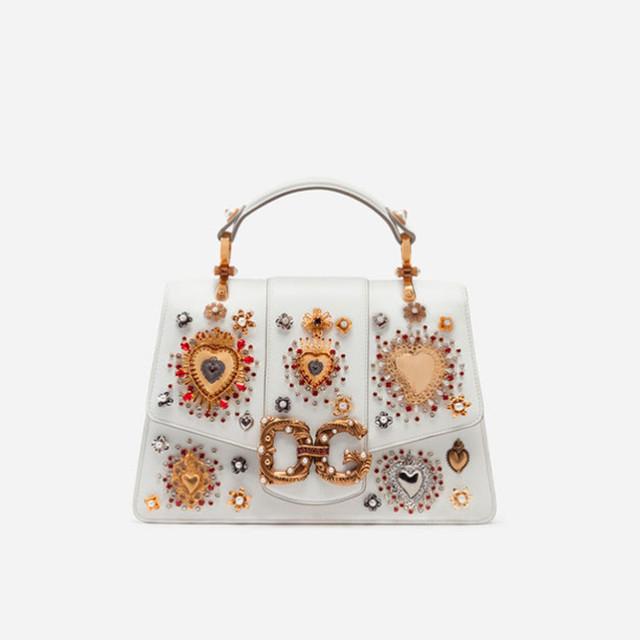 Женская сумочка из телячьей кожи DG AMORE | белая. Вид спереди.