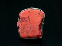 Перстень из камня Коралит