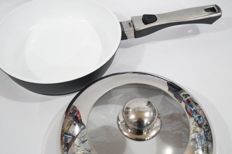 Сковорода антипригарная Swiss Zurich 24cм SZ-155-28 с керамическим покрытием 28 см