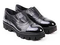 Крутые женские туфли из черной кожи ETOR.
