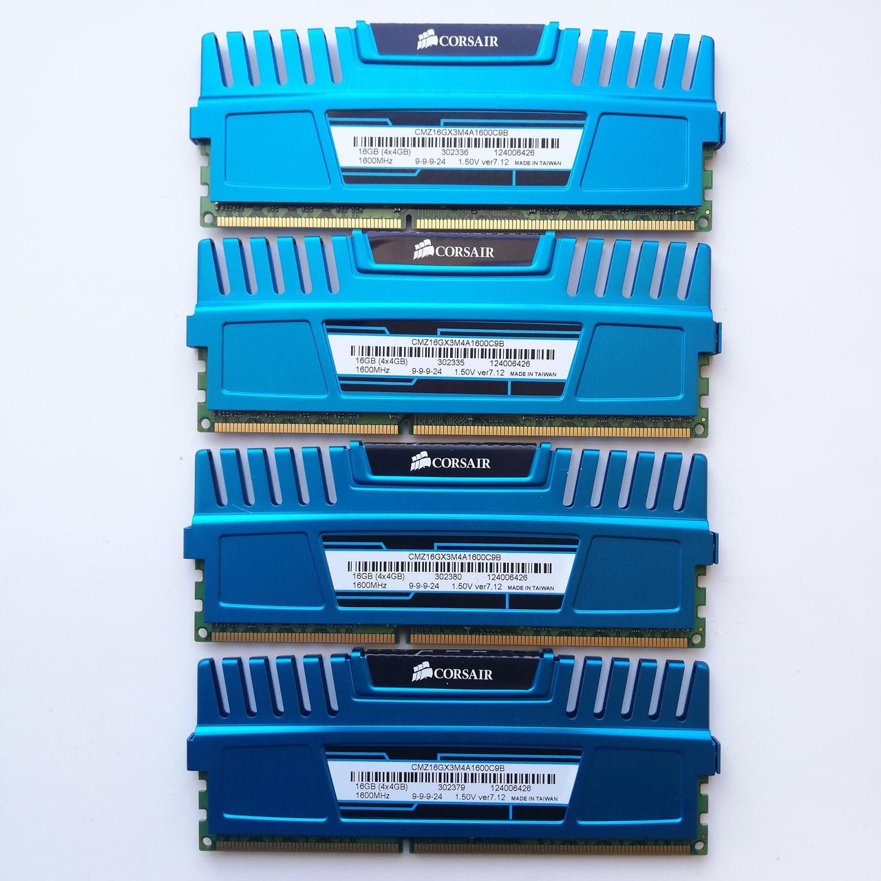 Комплект оперативной памяти Corsair DDR3 16Gb KIT of 4 1600MHz PC3 12800U CL9 (CMZ16GX3M4A1600C9B) Б/У