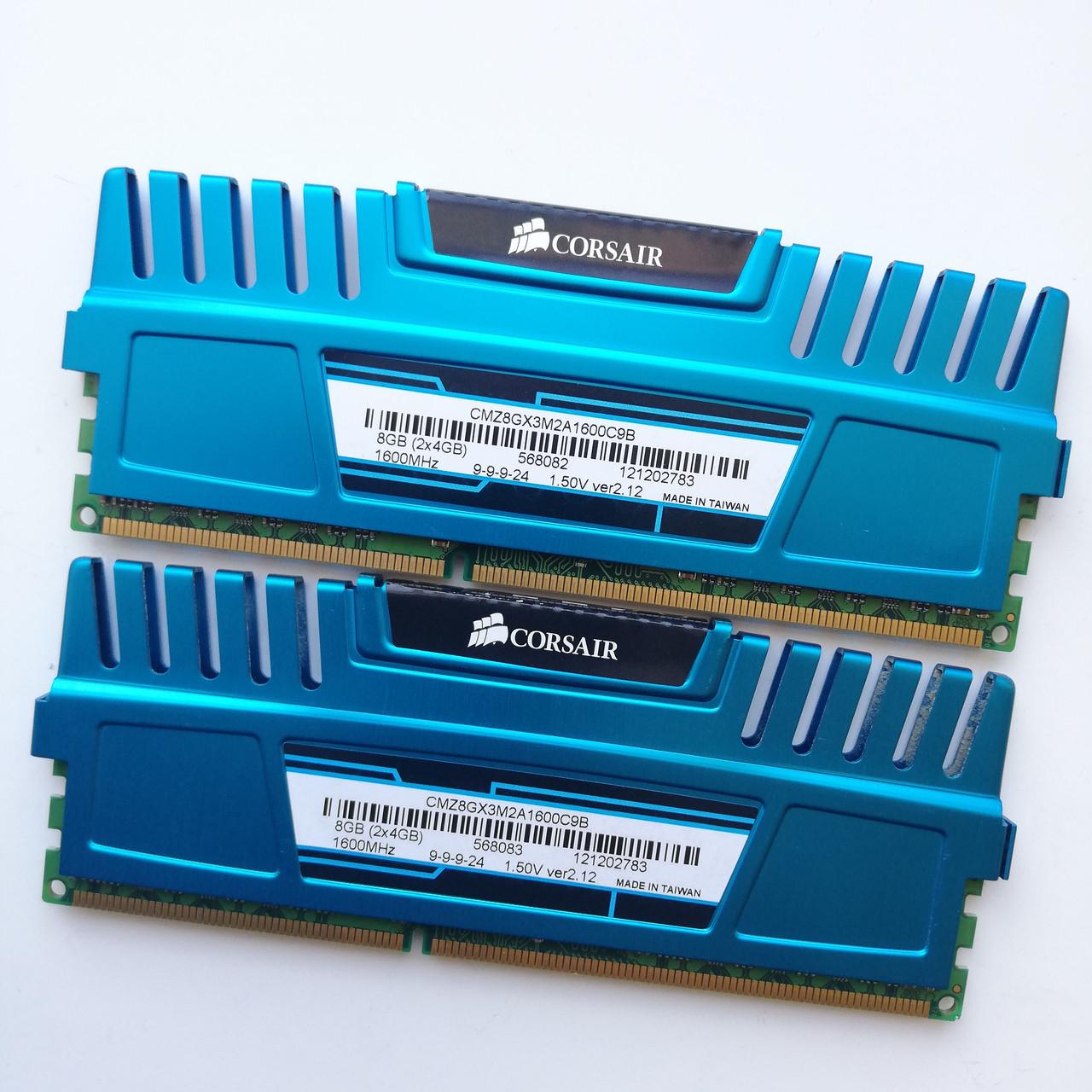 Комплект оперативной памяти Corsair Vengeance DDR3 8Gb KIT of 2 1600MHz PC3 12800U CL9 (CMZ8GX3M2A1600C9B) Б/У