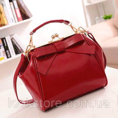 Женская сумка из лаковой экокожи с застежкой поцелуйчик красная, фото 1