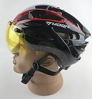 Шлем велосипедный со съемными линзами и козырьком