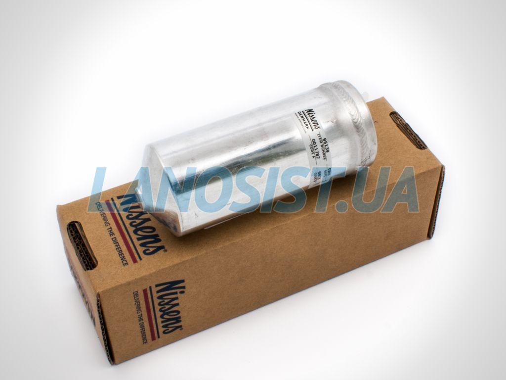 Осушитель радиатора кондиционера Ланос Nissens 95139.