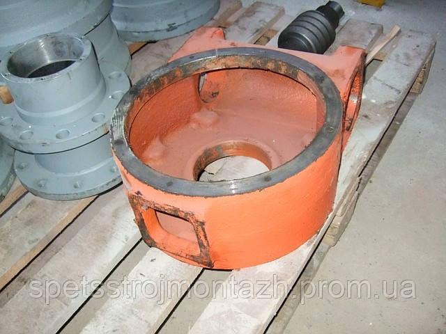 Продам корпус редуктора поворота отвала 225.67.09.00.001 грейдера ГС-14.02