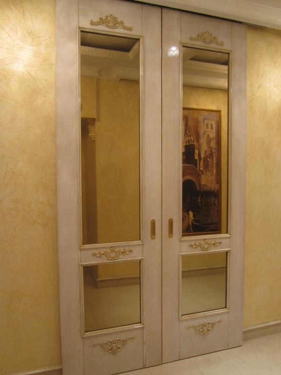 Дверь межкомнатная с резьбой