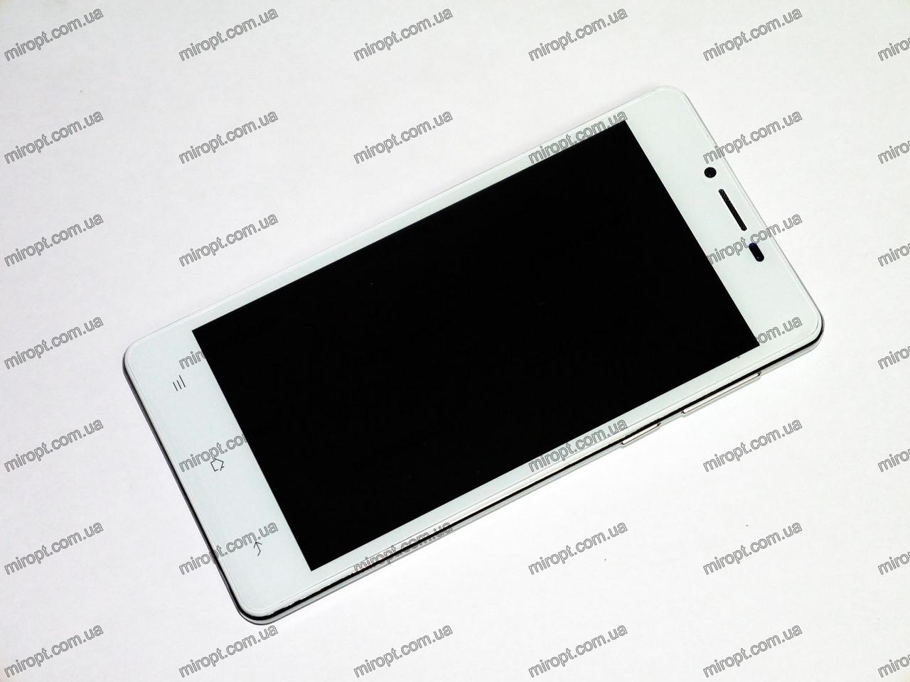 Телефон  HTC A8 Белый - 2Sim, 5'' экран, 4Ядра,512 ОЗУ +ЧЕХОЛ