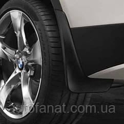 Оригинальный комплект брызговиков задних BMW Х3 (G01) (82162410526)