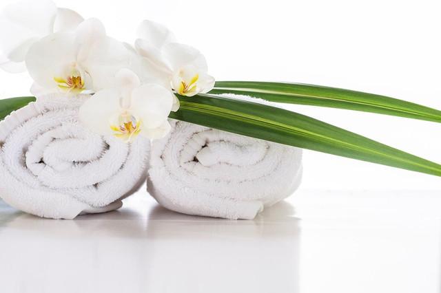 Махровые полотенца, простыни