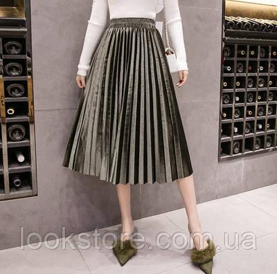 Женская плиссированная длинная юбка бархатная с подкладкой зеленая