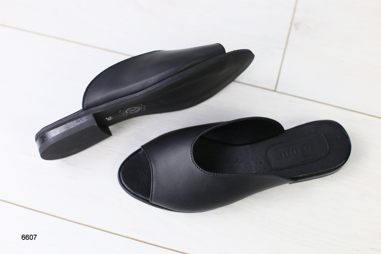 b39a4570d Женские шлепанцы черная кожа: продажа, цена в Чернигове. босоножки и ...