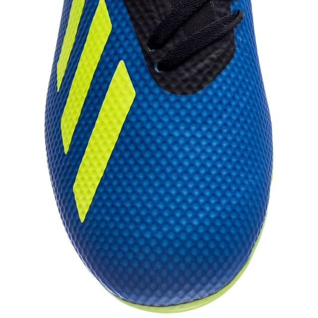 detskie-futbolnye-butsy-adidas-0q0w0987