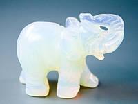Фигурка из камня Слон