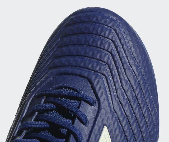 detskie-futbolnye-butsy-adidas-0q0w01987