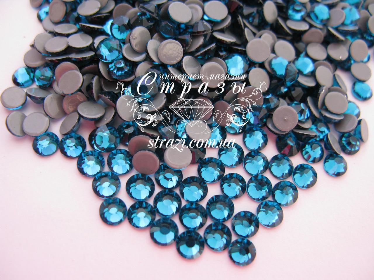 Термо стразы Lux ss16 Blue Zircon (4.0mm) 100шт