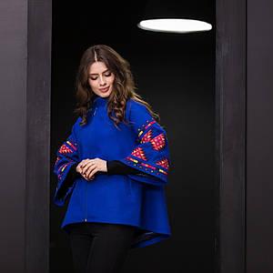 Пальто жіноче з вишивкою