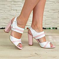 Женские светлые кожаные босоножки на высоком каблуке. В наличии 40 размер
