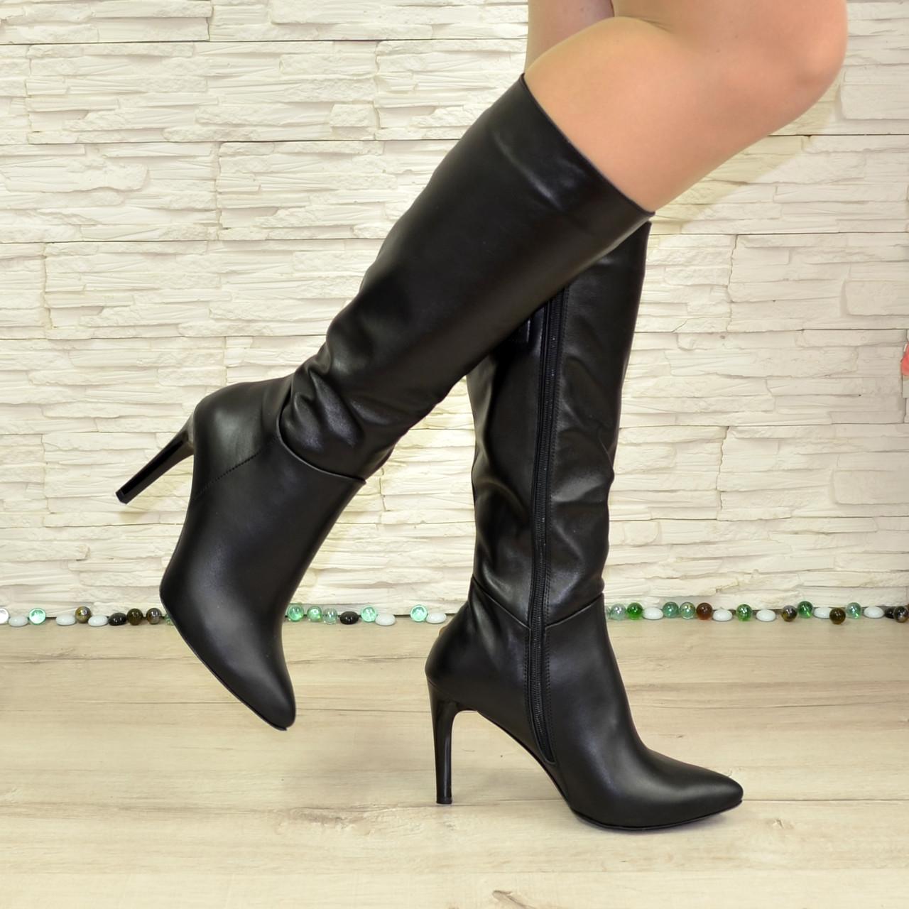 Жіночі чоботи з натуральної шкіри чорного кольору на шпильці