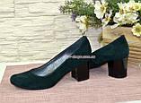 Замшевые туфли на устойчивом каблуке из натуральной замши зелёного цвета, фото 7