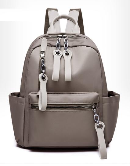 Рюкзак жіночий нейлон з ланцюгами сірий