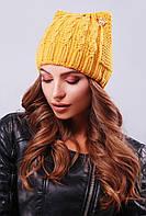 Стильная женская вязаная шапка с ушками в косичку горчичная
