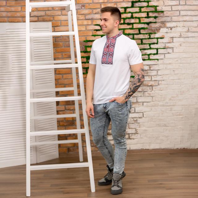 Трикотажная мужская футболка вышиванка короткий рукав
