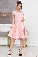 Шикарное женское платье с пышной юбкой