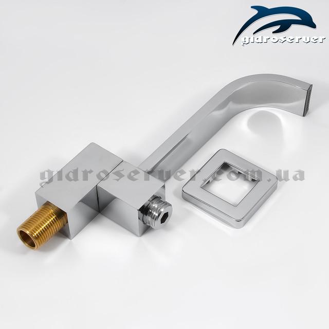 Излив (гусак) для душевой системы скрытого монтажа IL-03 с соединением для подключения лейки ручного душа.