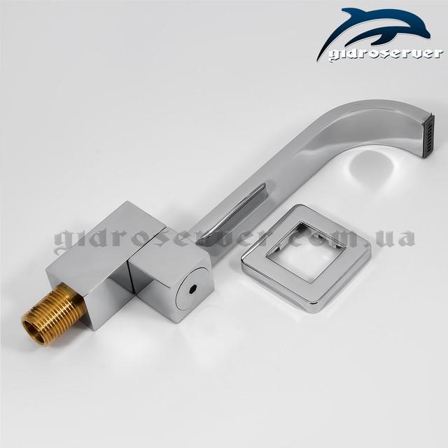 Излив (гусак) для душевого гарнитура скрытого монтажа IL-04 латунный.