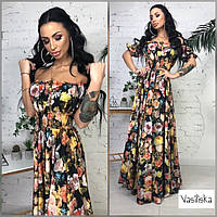 Вечернее платье макси с цветами на лето